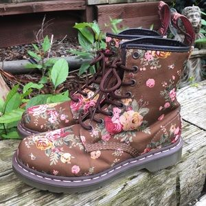 Dr. Martens Brown Victorian Flower Canvas Boots 8L